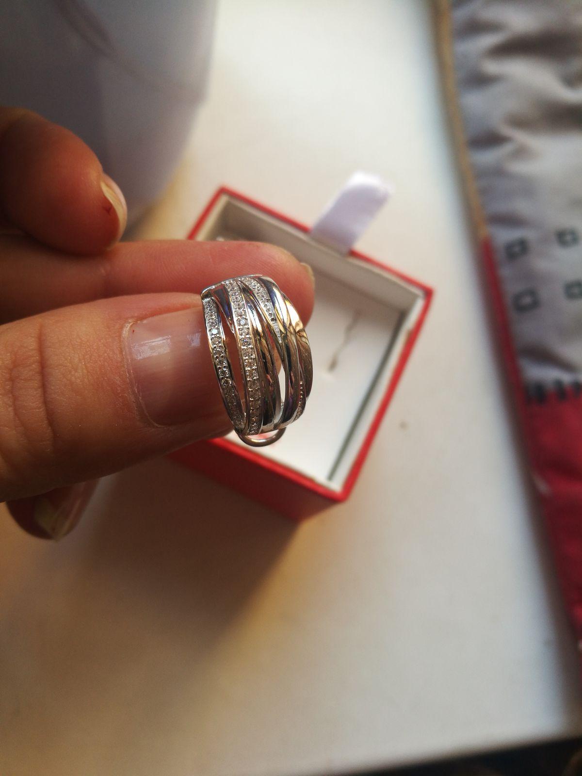Серьги с феанинитом, серебро очень переливаются на солнце, красиво смотритс