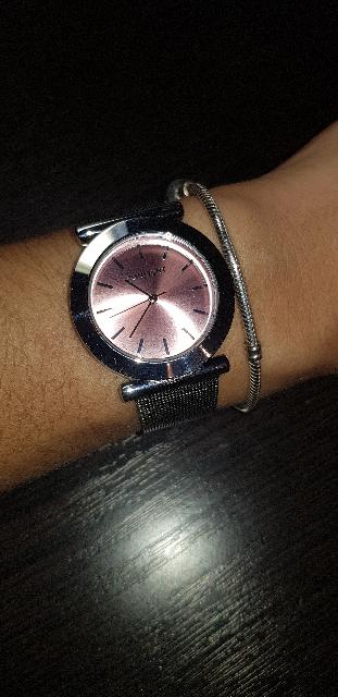 Часы очень классные и стильные
