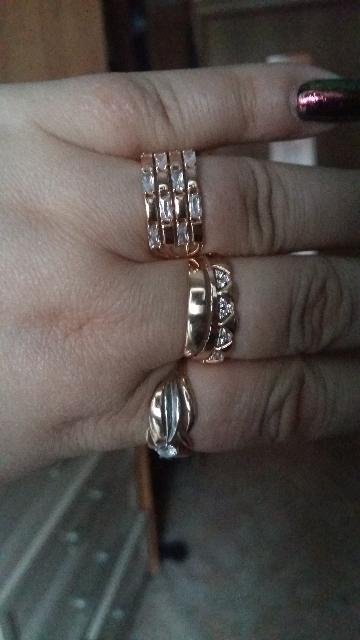 Кольцо с фианитиками