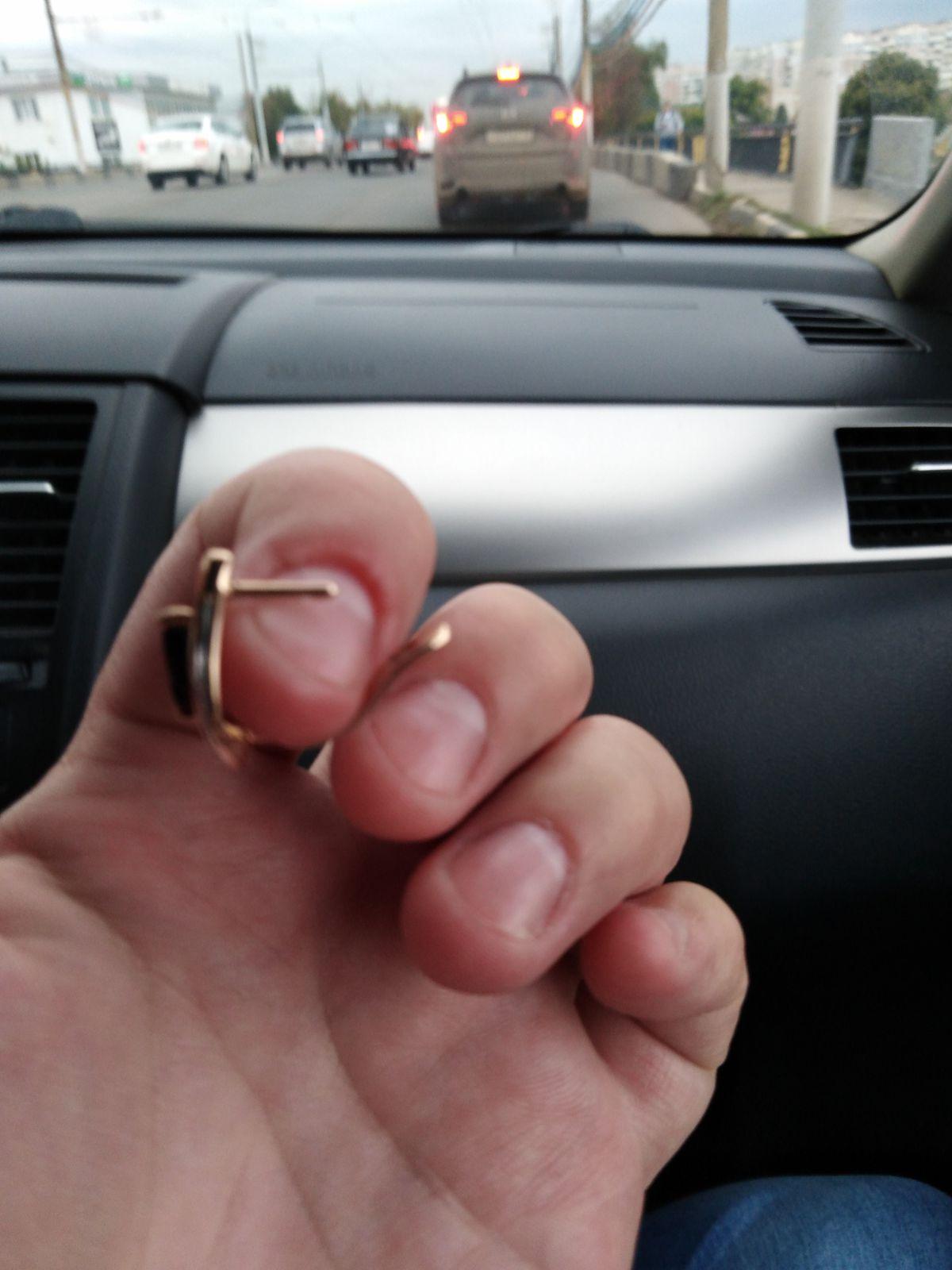 Серьги золотые с гранатом
