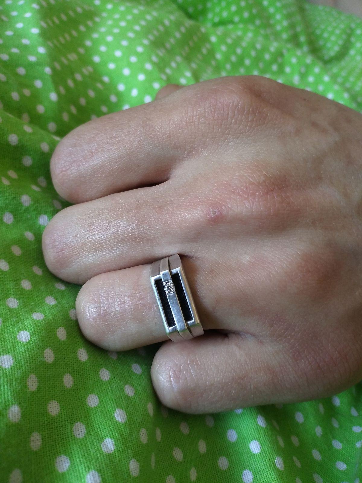 Очень красивое и удобное кольцо