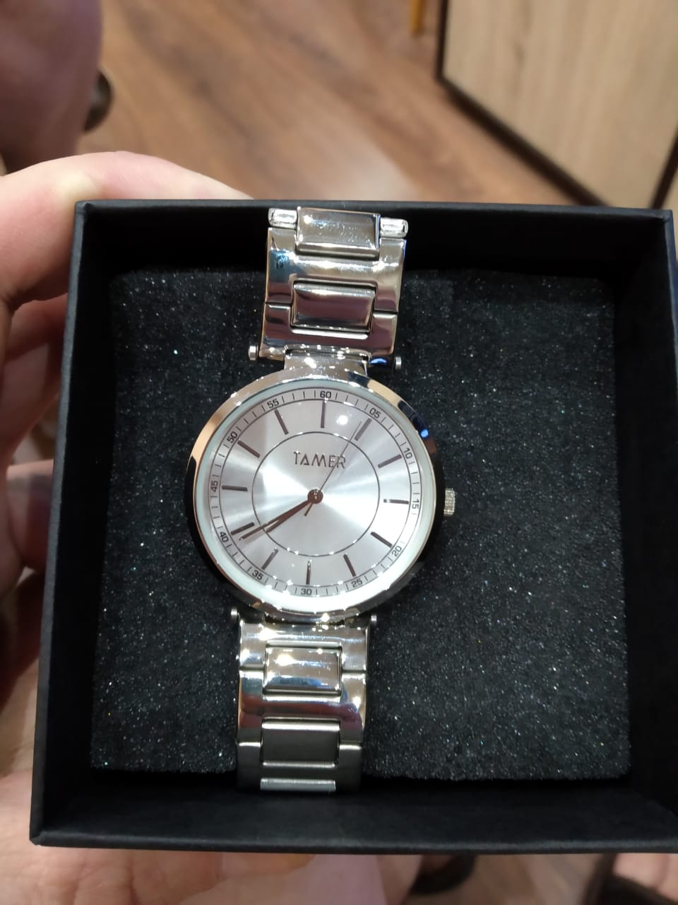 Муж давно хотел часы.