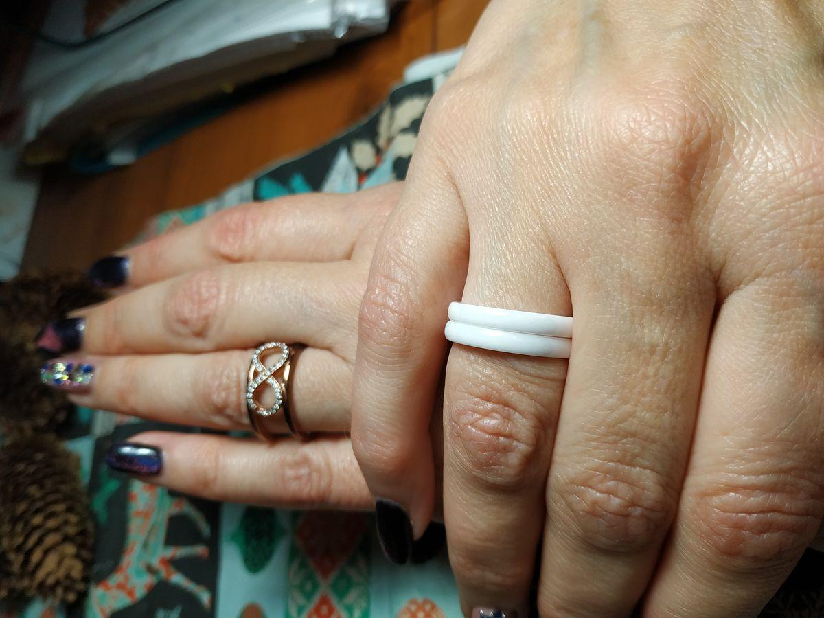 Кольцо со знаком бесконечность