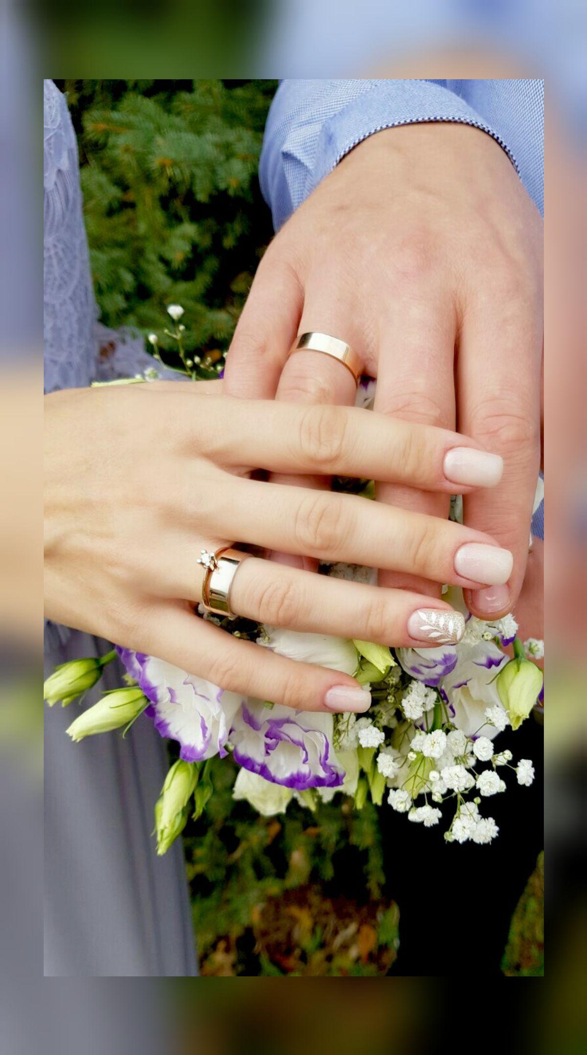Лучшие друзья девушек-это бриллианты.