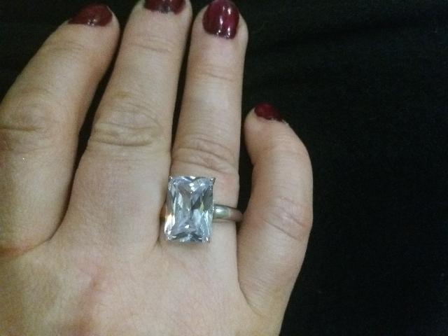 Перстень отличный.