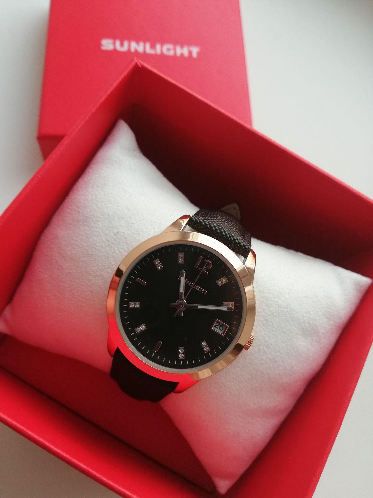 Часы подарок от парня, просто так