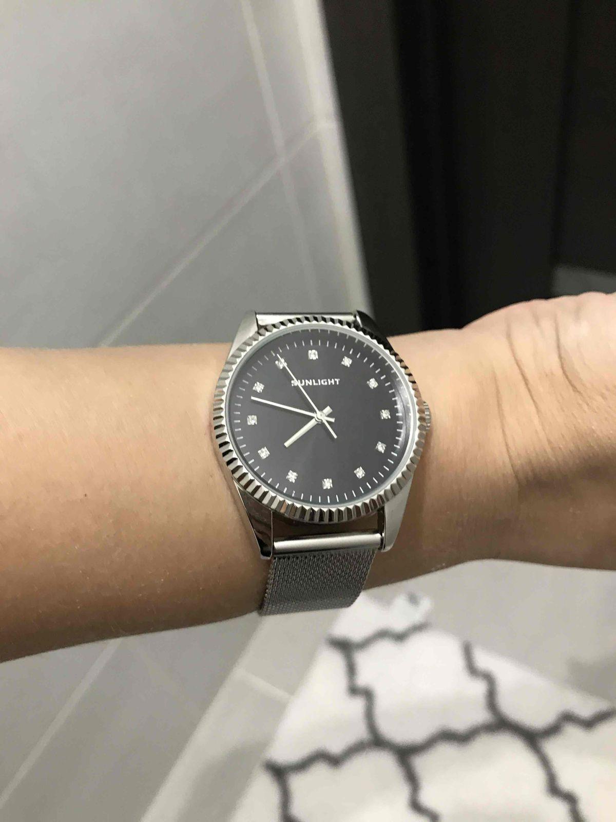 Часы среднего качества