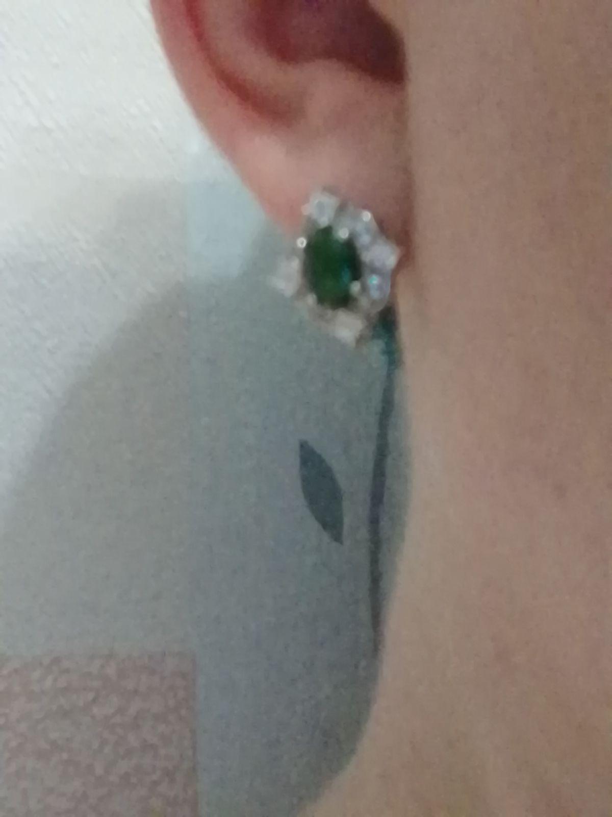 Серьги серебрянные с зелёными фианитами