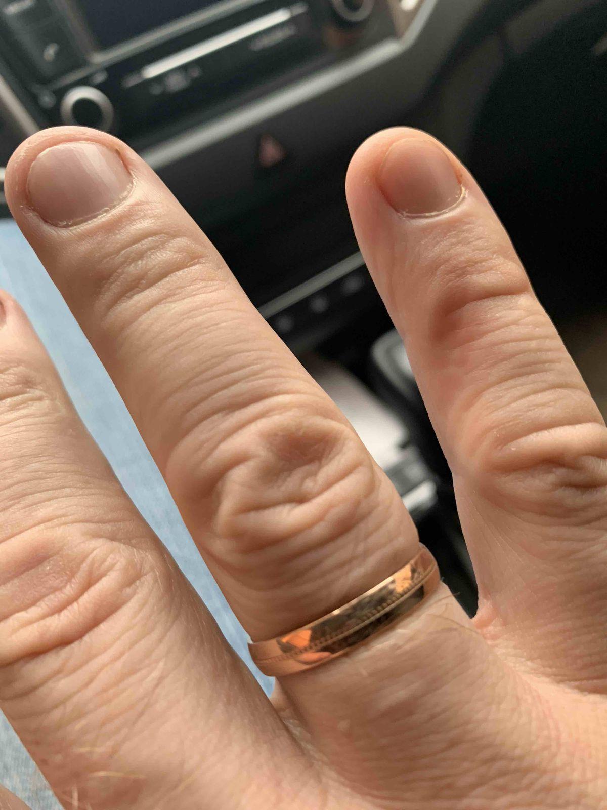 Красивое, обручальное кольцо