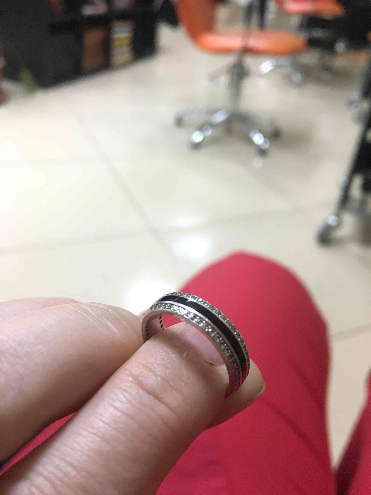 Мое серебрянное колечко,с черной вставкой и мелкими бриллиантиками или фион