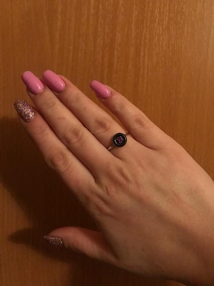 Серебряное кольцо с керамикой и фианитом