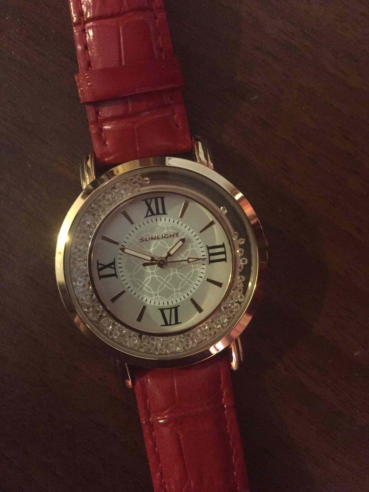Часы жене купил в санлайт