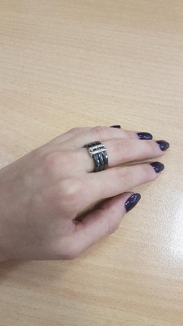 Кольцо из керамики.