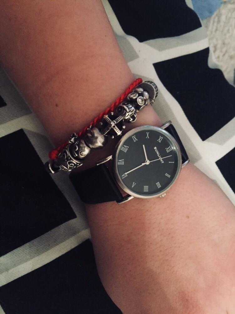 Часы санлайт, с черным циферблатом и черным ремешком