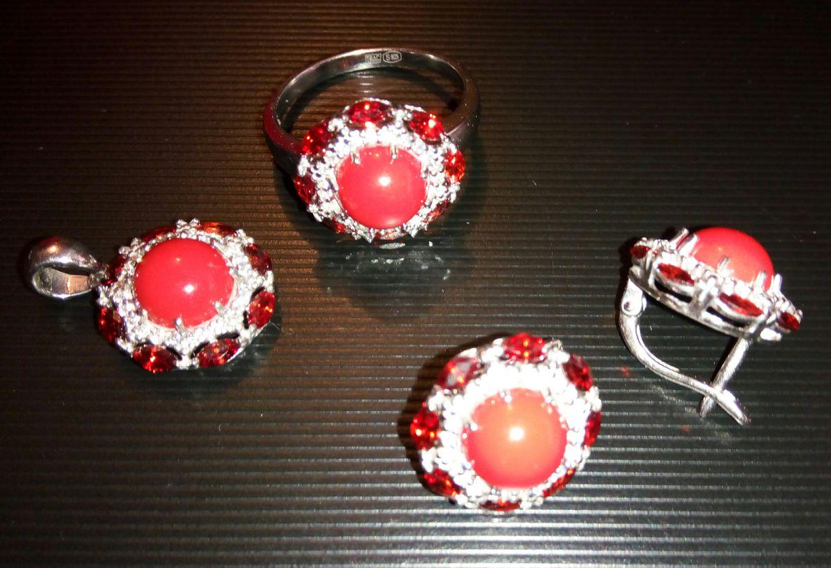 Серьги серебро с кораллом и фианитами, изящная роскошь!