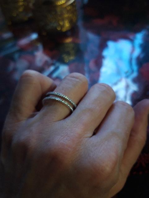 Кольцо серебро925  модное и красивое