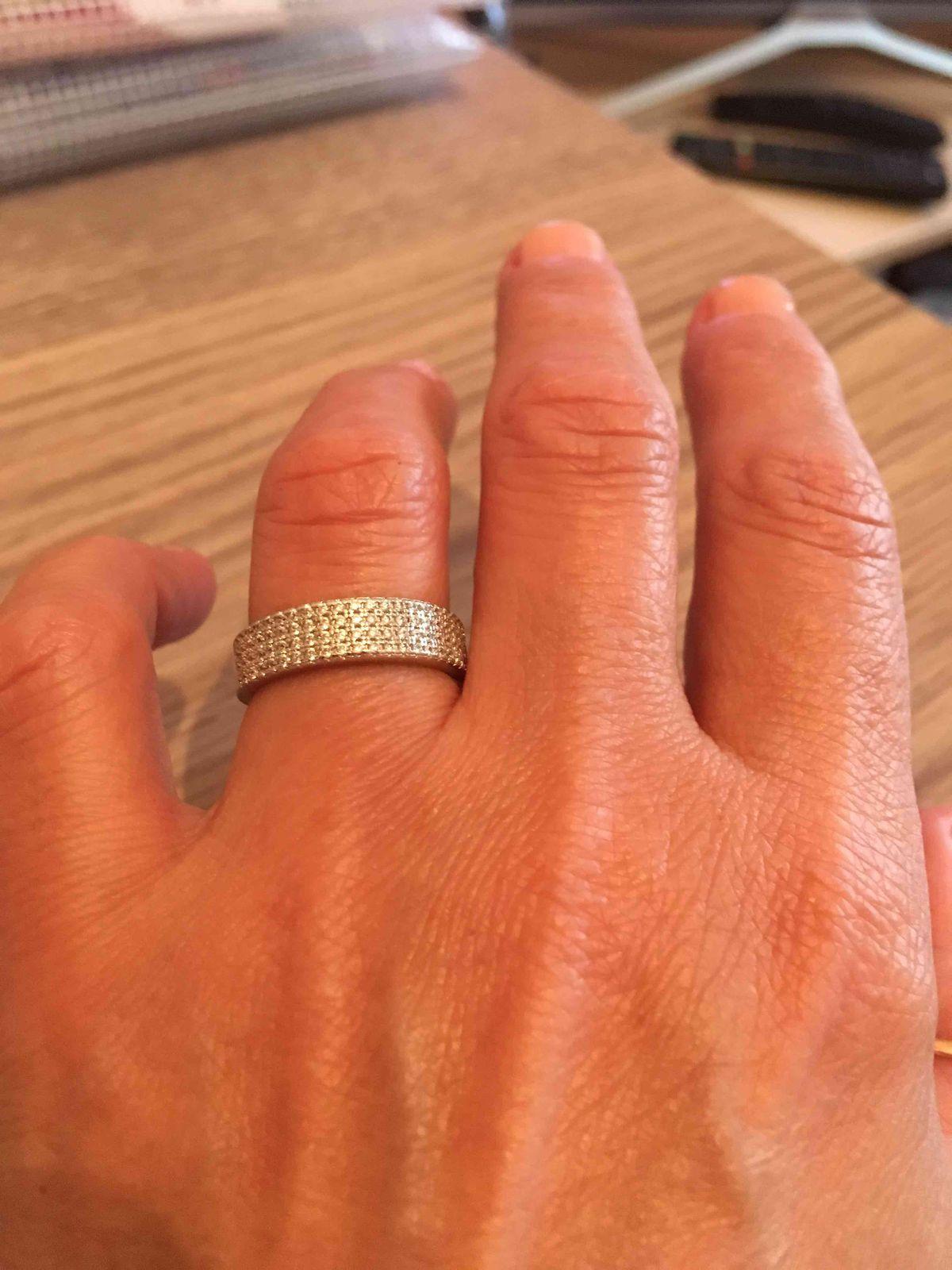 Покупка кольца для комплекта.