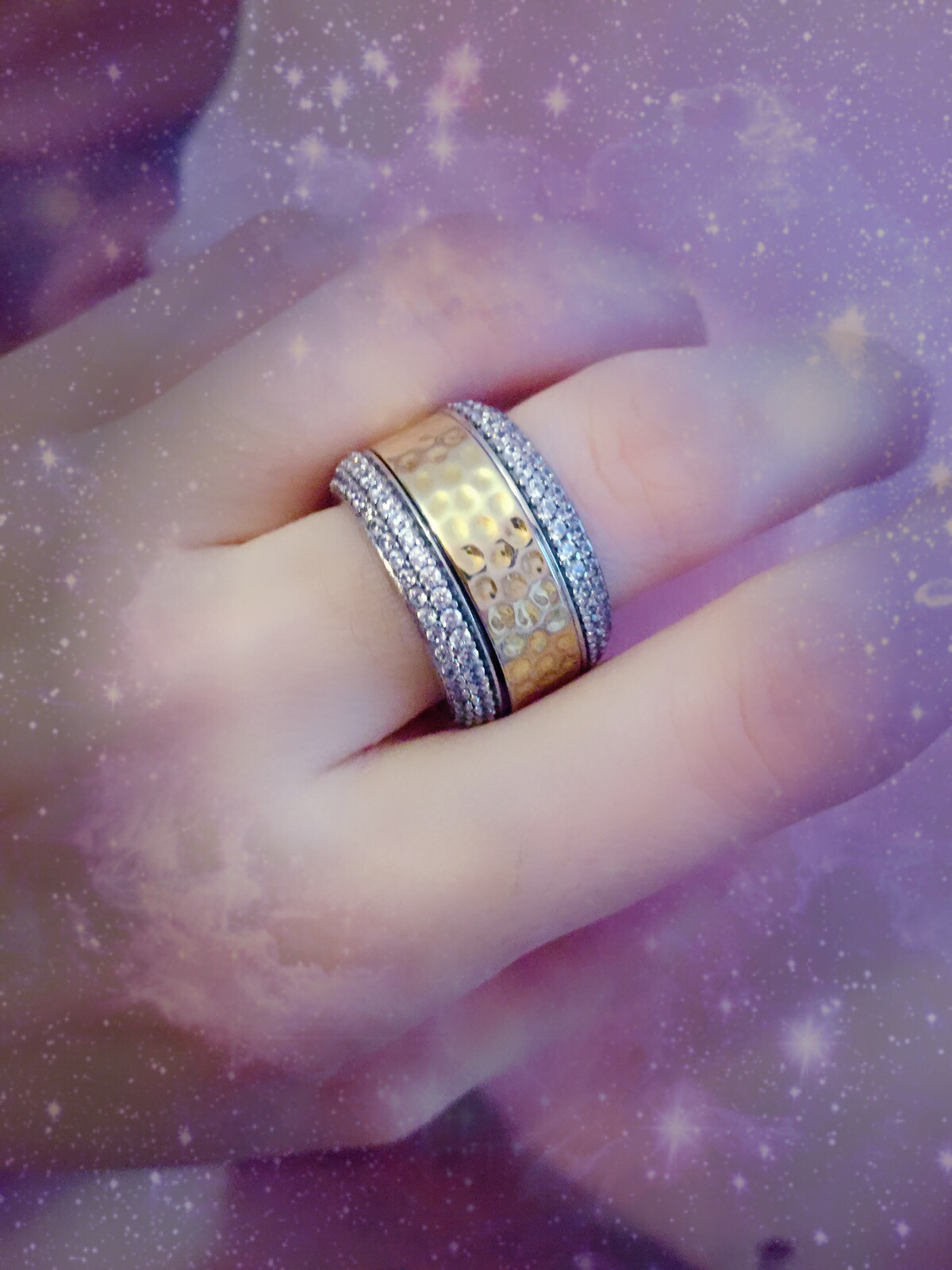 Шикарное кольцо!!!!!!!!