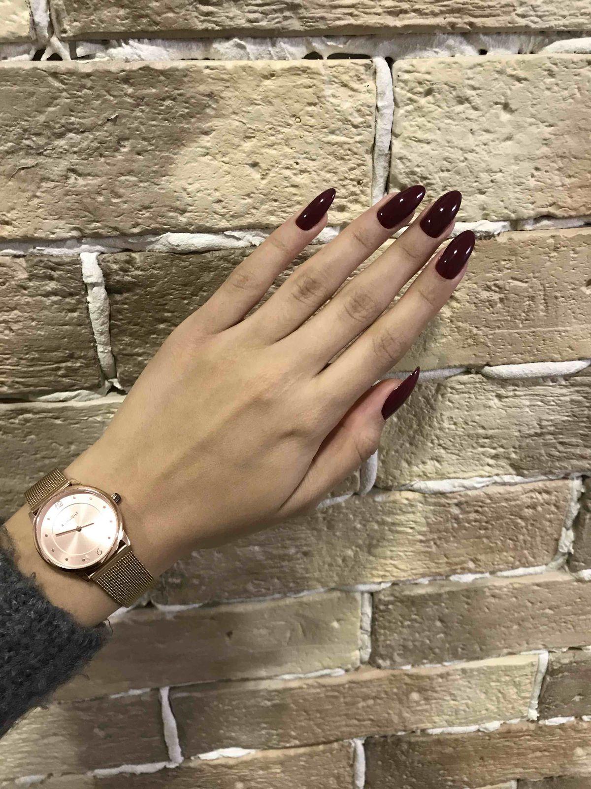 Очень красивые и изящные часы. Подойдут почти к любой одежде.