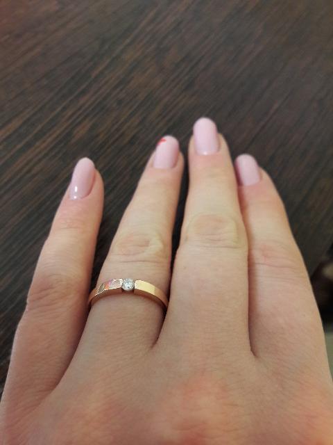 Прелестное дамское золотое кольцо