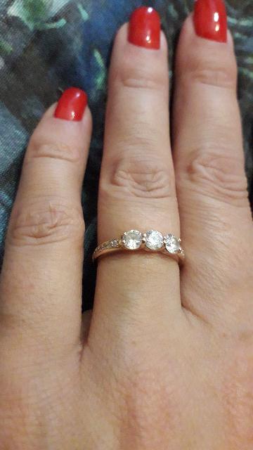 Кольцо купил муж