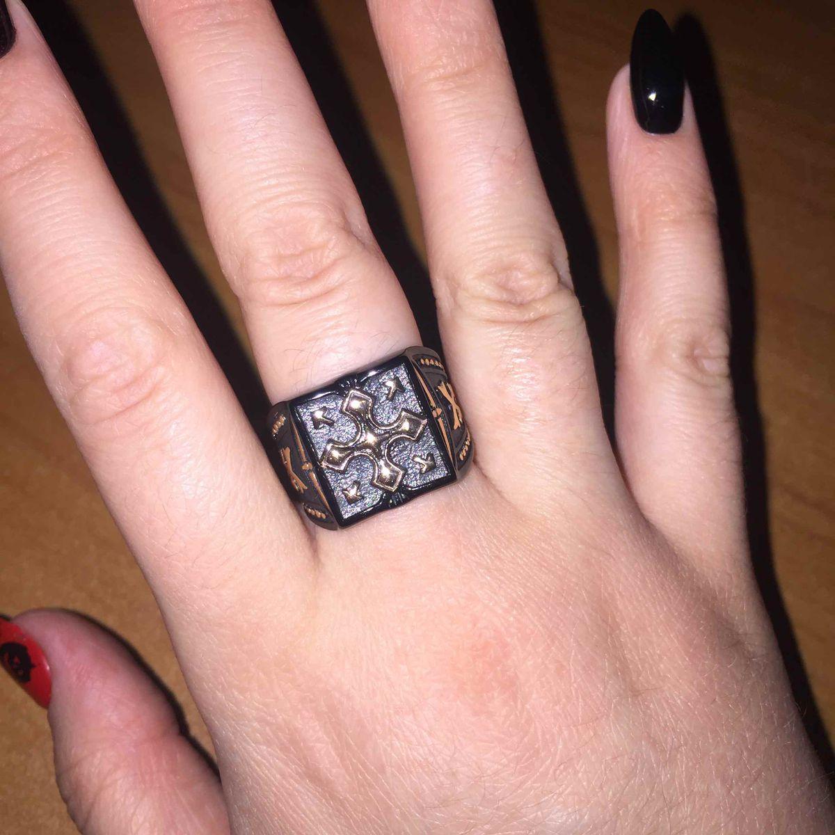 Красивое кольцо за приятную цену