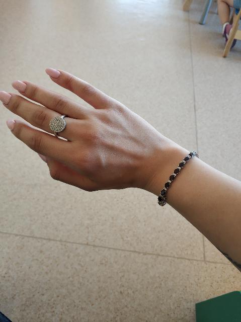 Очень красивый браслет из натурального граната