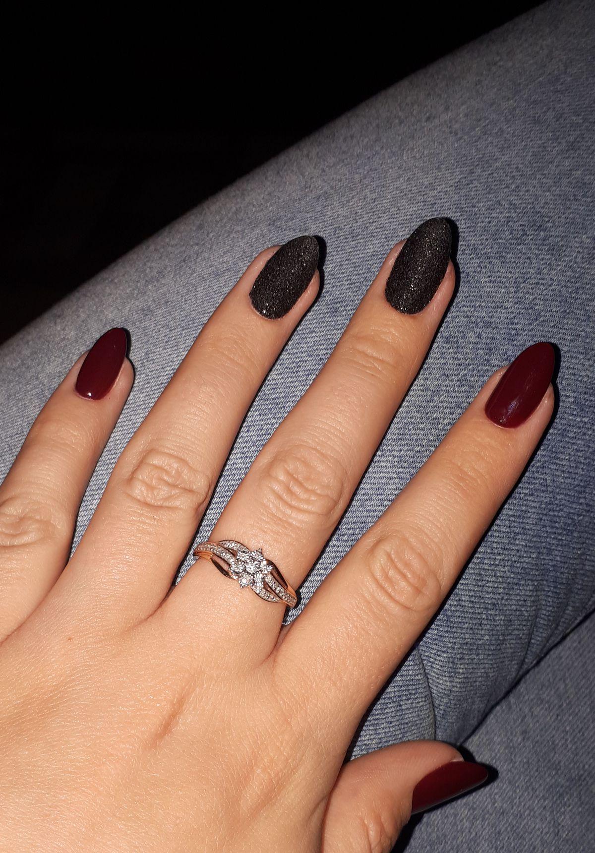 Очень нежное, красивое кольцо.