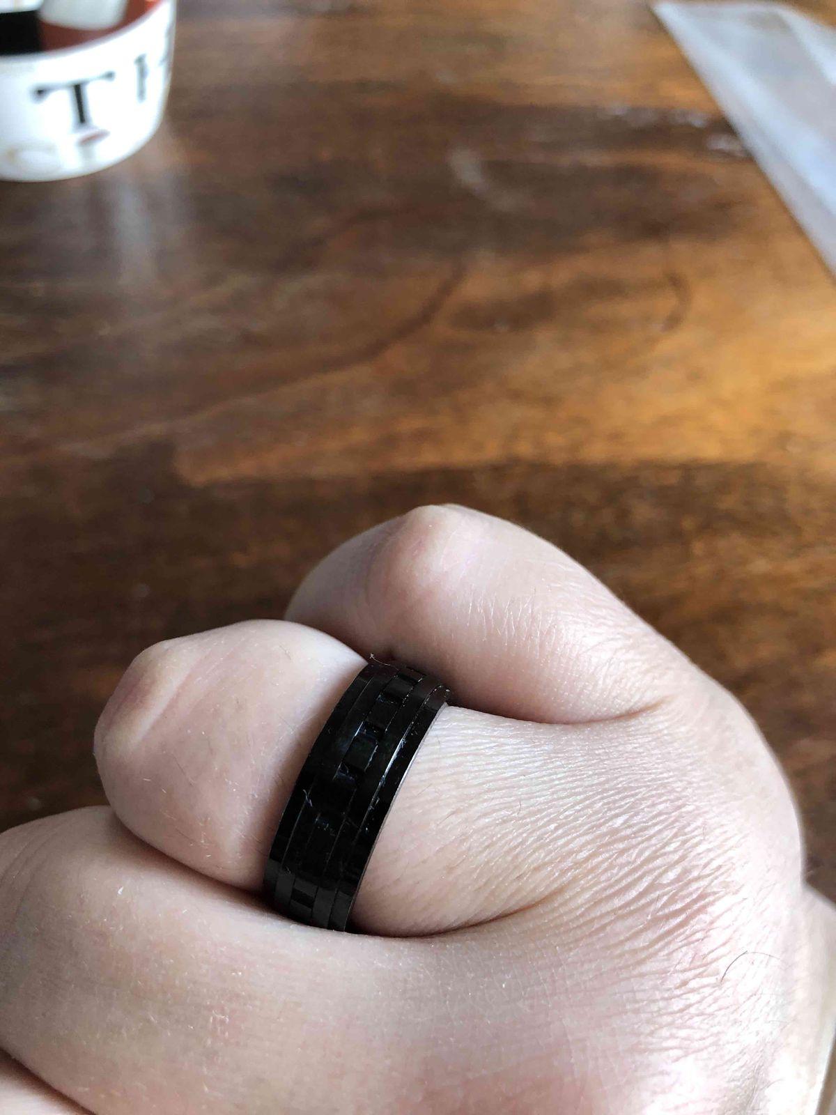 Роскошное крепкое кольцо