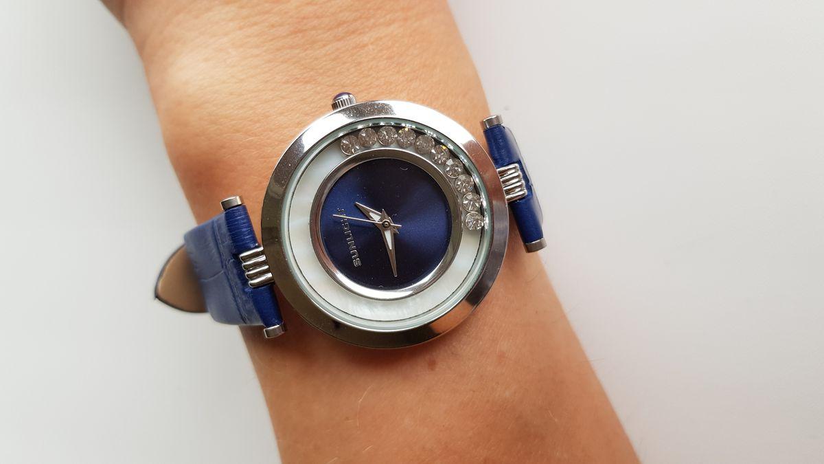Удобные, легкие, красивые часы!