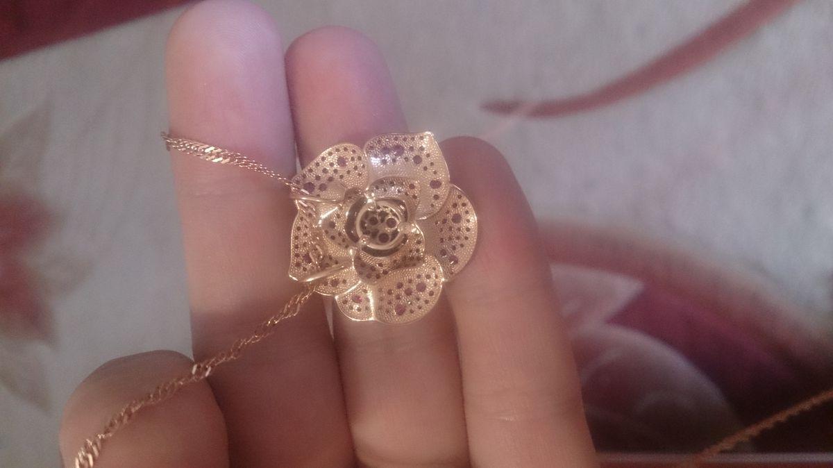 Шикарные розы для шикарных девушек!)))