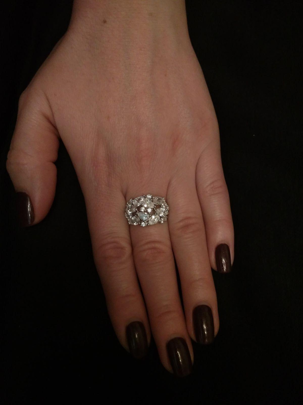 Праздничное кольцо!))