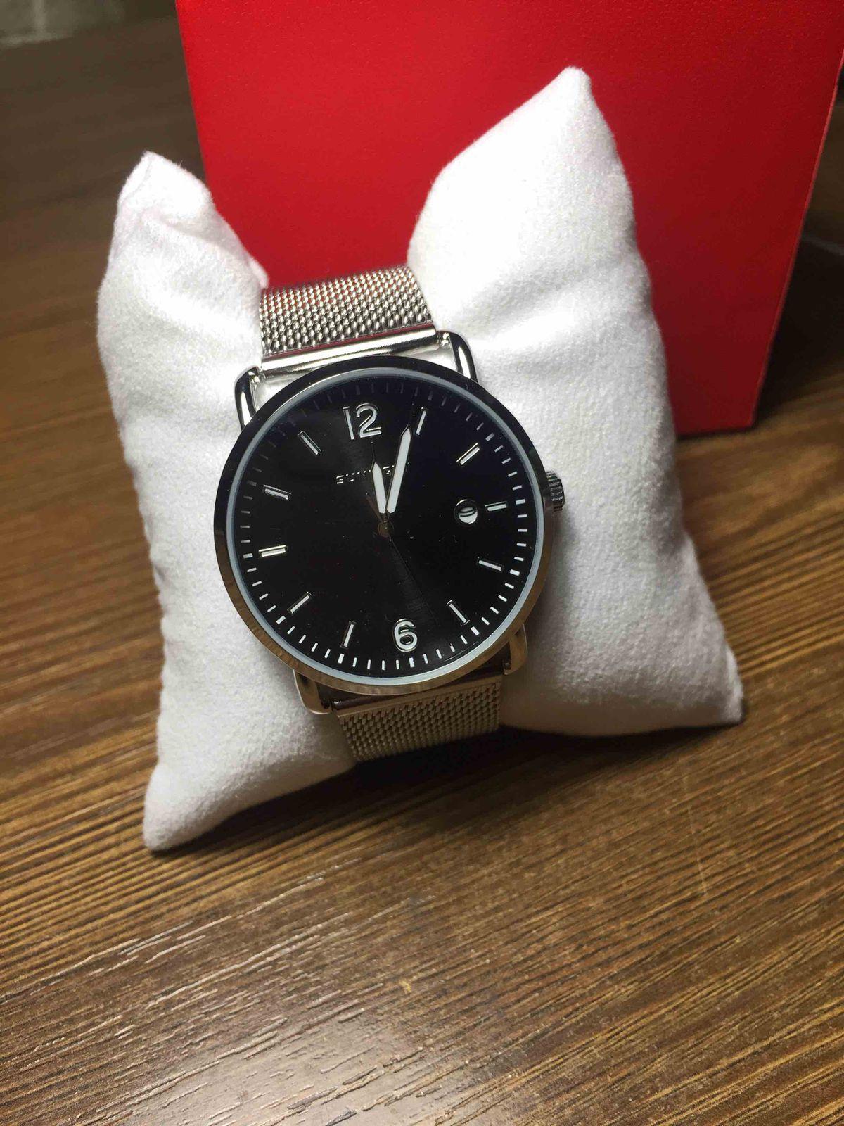 Удобные, женские наручные часы