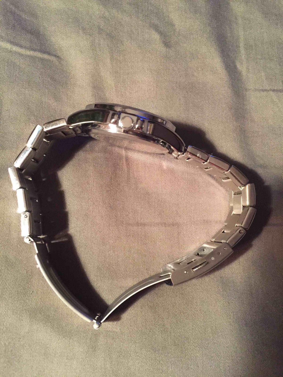 Женские часы с браслетом