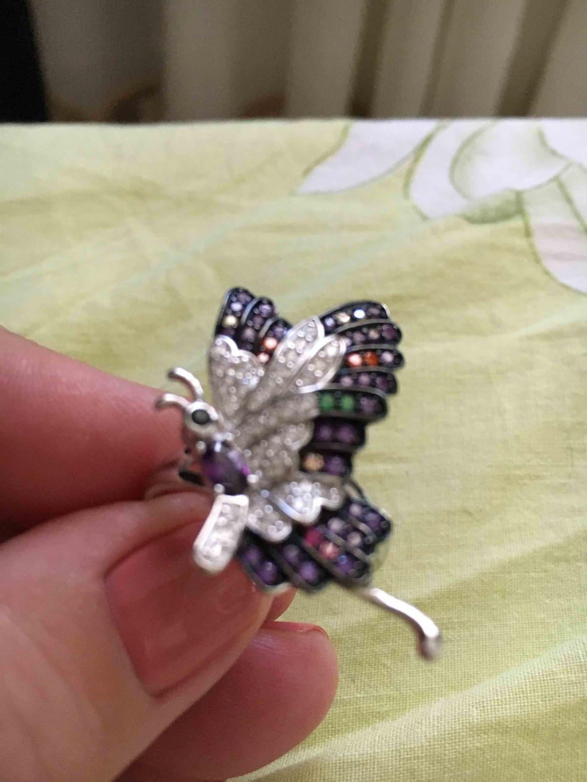 Батерфляй-красочная бабочка