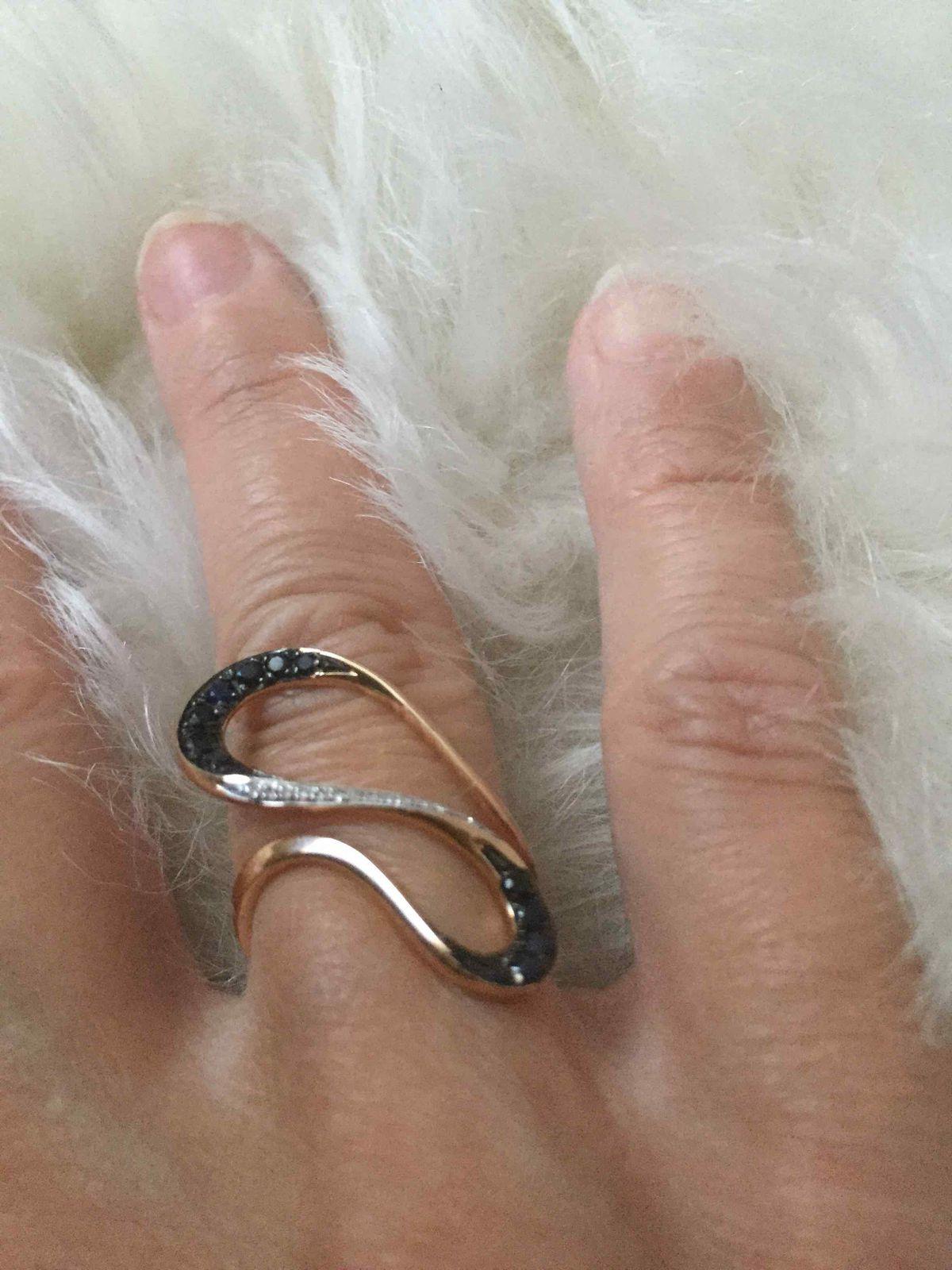 Золотое кольцо с спфиоами!