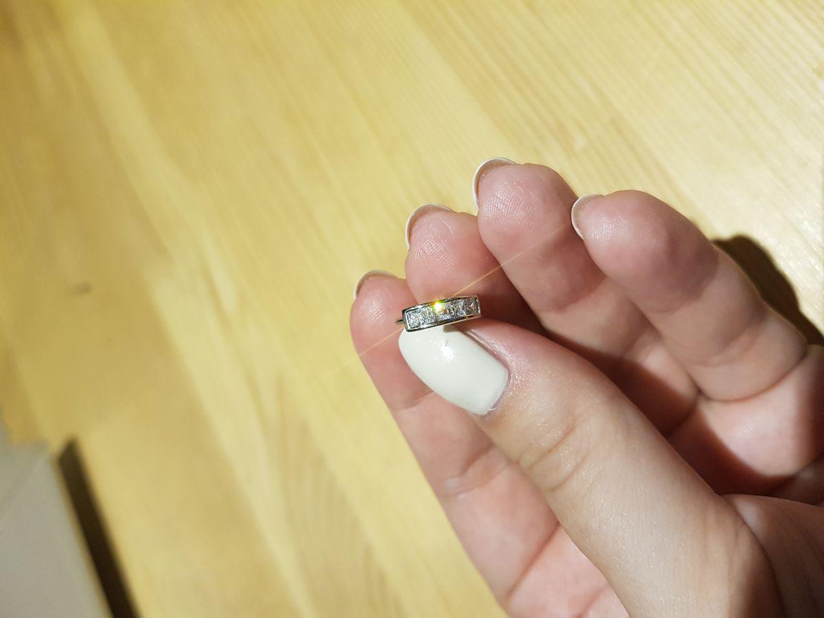 Симпатичные миниатюрные сережки