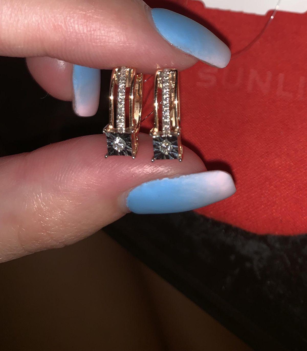 Великолепные серьги с бриллиантами