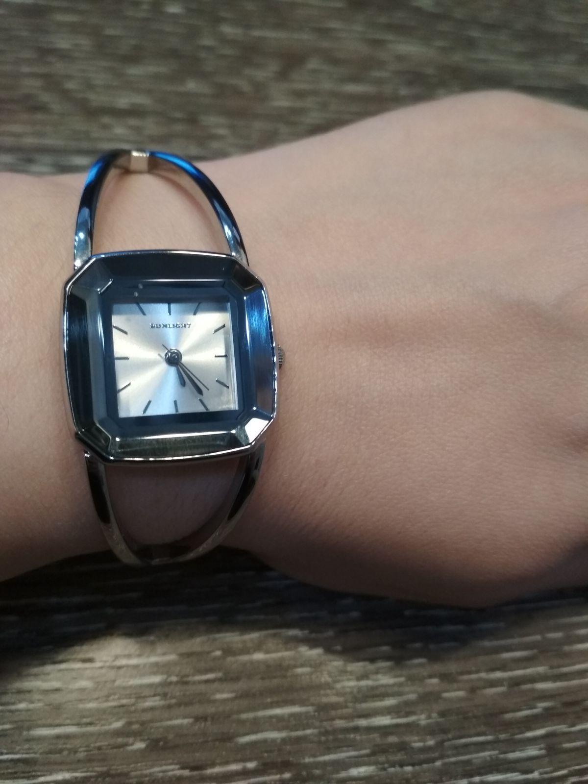 Отличные часы на каждый день