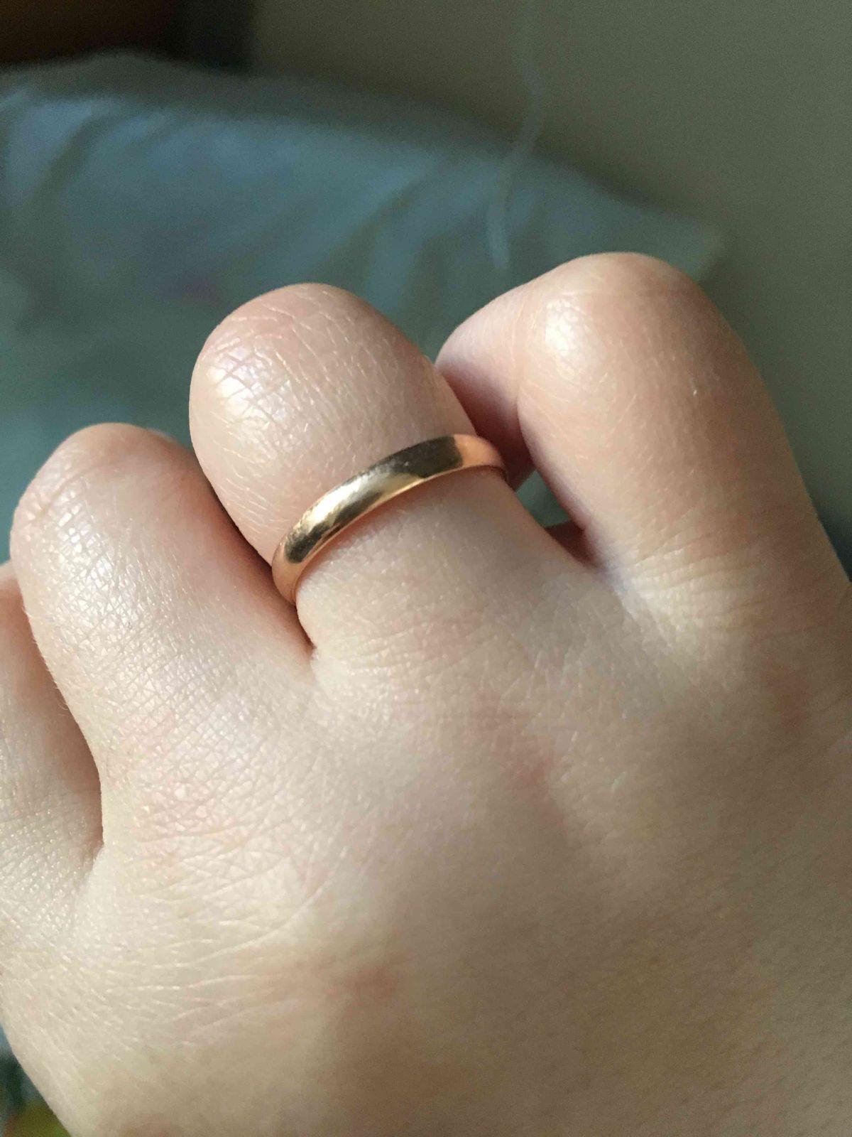 Мое обручальное кольцо, это самая главная иволнительная покупка вмоей жизни