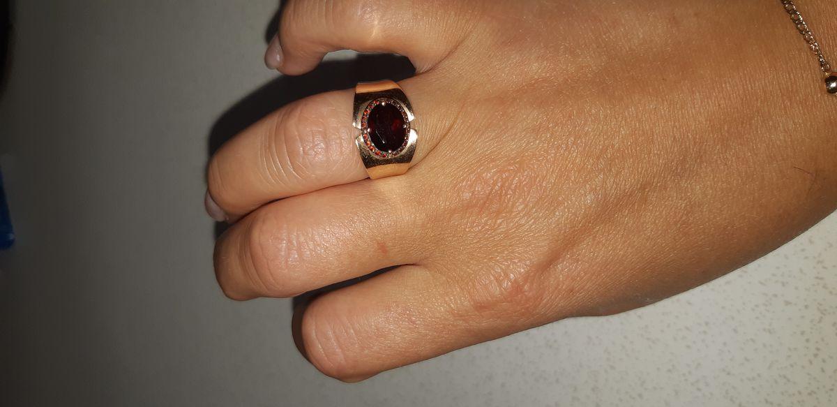 Красивое, шикарное кольцо.